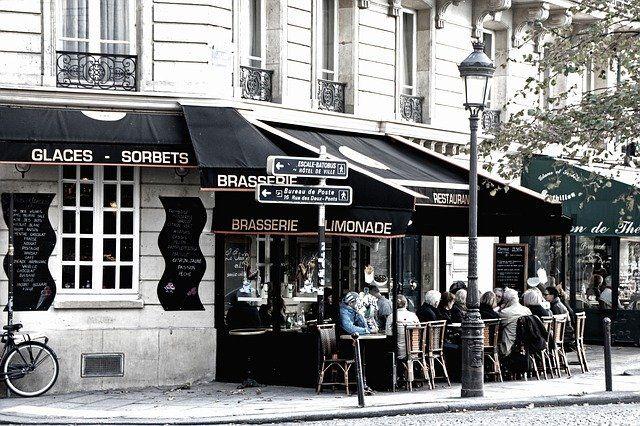 Cafe de Flore film cz zdarma